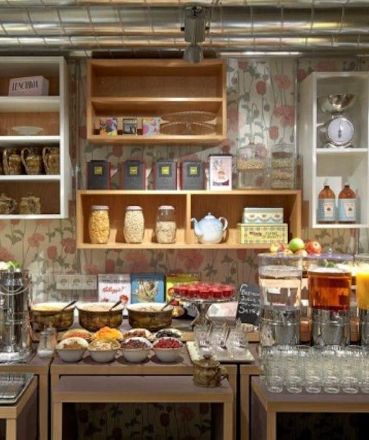冰岛首都雷克雅未克餐厅Slippbarinn周末早午餐自助
