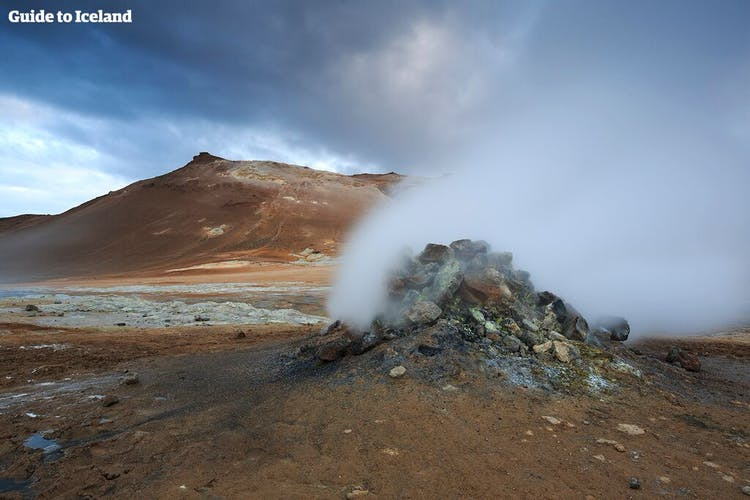 The area surrounding Lake Mývatn in North Iceland is brimming with geological marvels such as Námaskarð geothermal area.