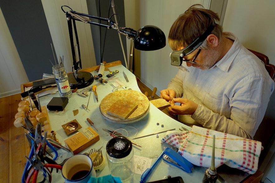 冰岛设计-首饰工匠师傅