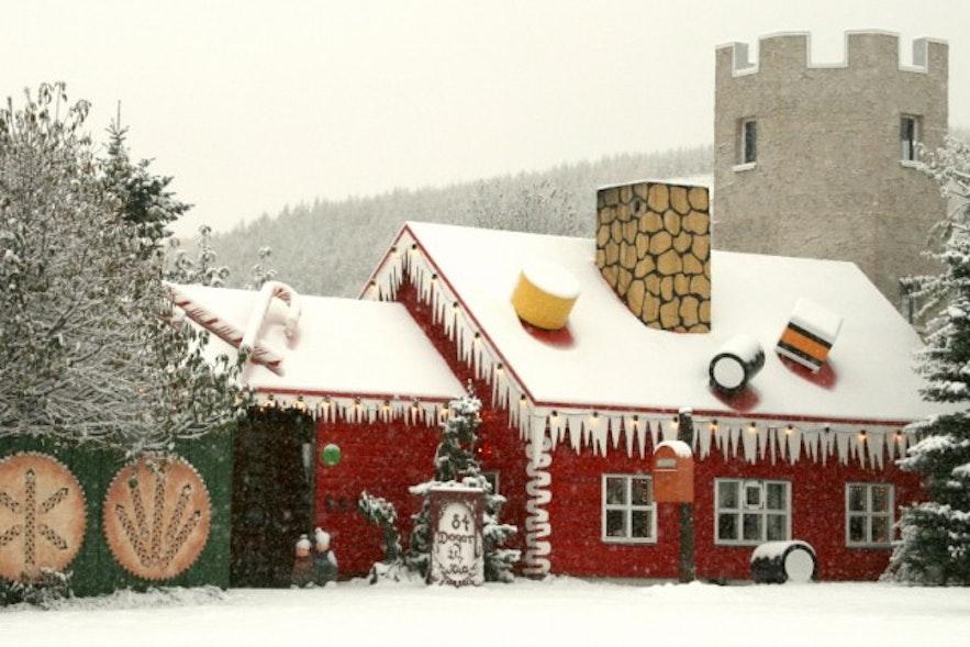 Dom Bożonarodzeniowy nieopodal Akureyri.