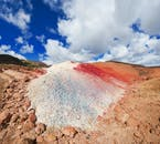I paesaggi geotermici dell'Islanda hanno diverse forme e colori.