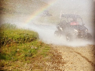 The Golden Circle in a Super Jeep & Buggy
