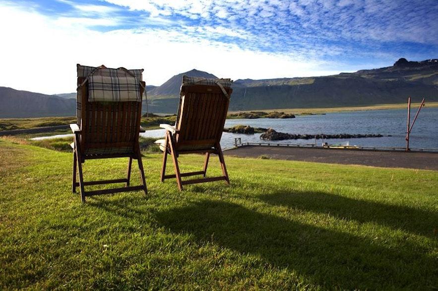 Vue depuis l'hôtel de luxe à Búðir en Islande