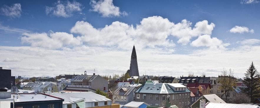 Vue depuis les toits de Room with a View à Reykjavik