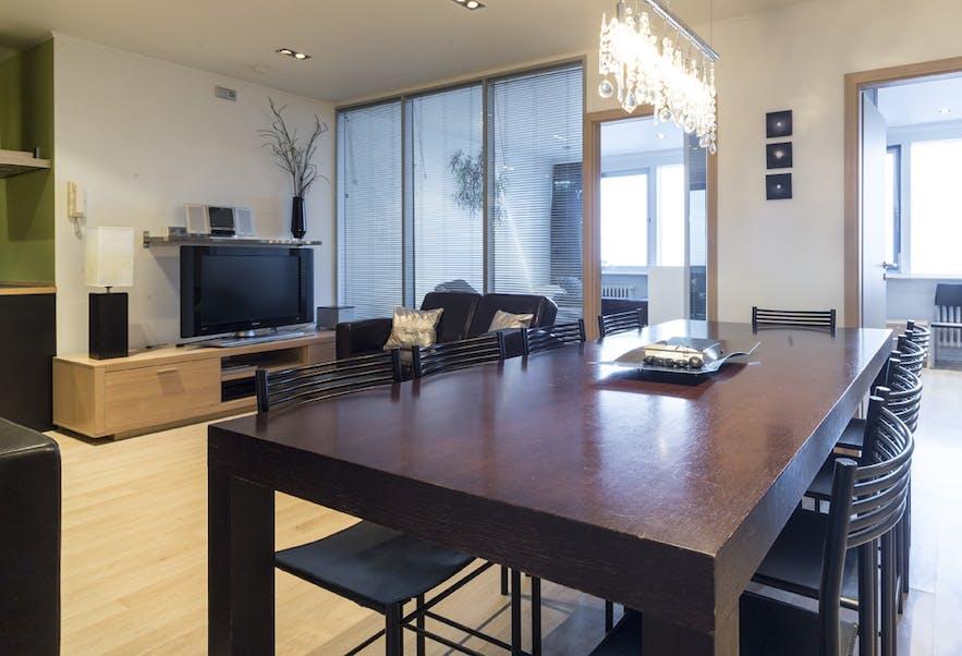 Room with a View在首都雷克雅未克的四室一厅公寓