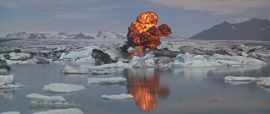 007雷霆杀机冰岛取景杰古沙龙冰河湖