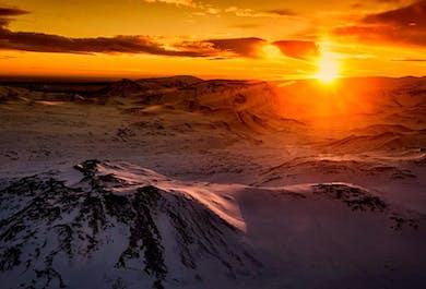 Hélicoptère au-dessus du Cercle d'Or et atterrissage au glacier Langjokull