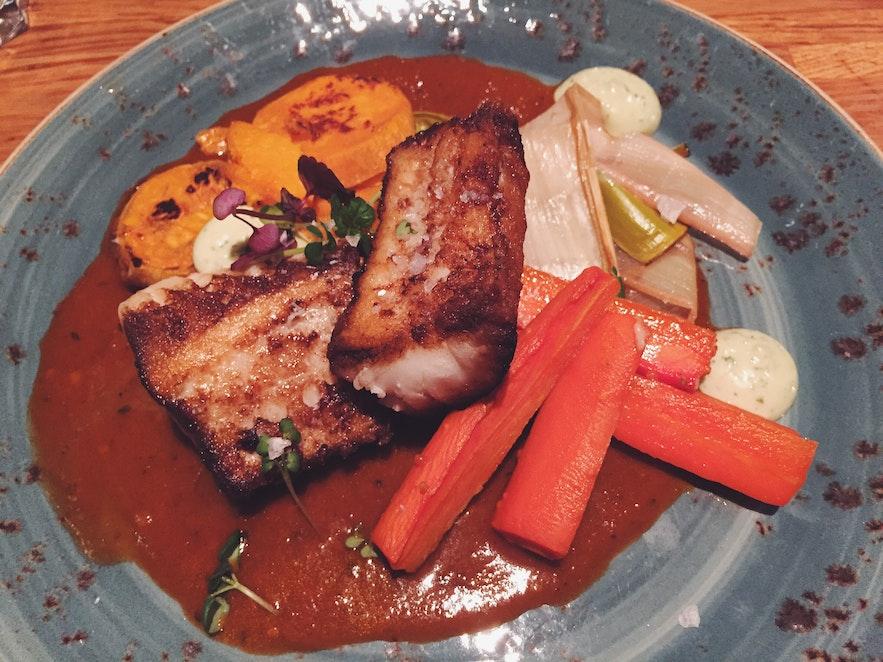 冰岛首都雷克雅未克超值餐厅Vegamót每日鲜鱼