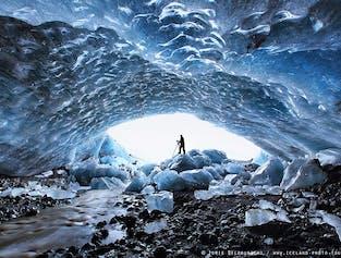 얼마나 자주 빙하 내부를 탐험할 기회가 있나요?