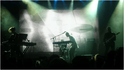 Isländische-Musik-Vök-Iceland-Airwaves-Festival.png