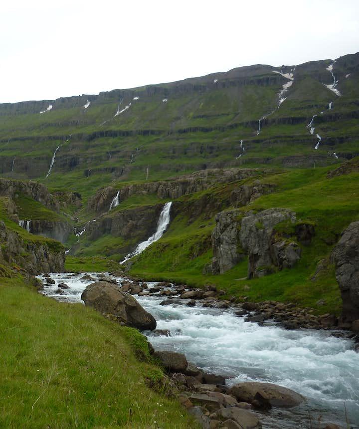 Eau pure Fjord Seydisfjordur
