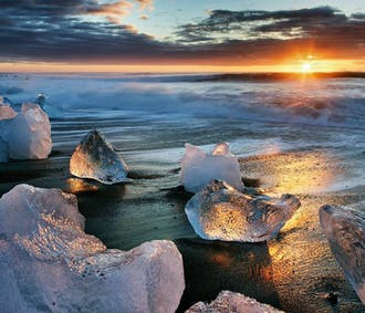 6 Day Summer Package with Jokulsarlon Glacier Lagoon
