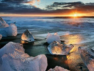 6 Day Summer Package with Jokulsarlon Glacier Lagoon width=