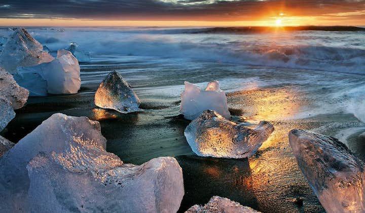 Tour de 6 días en verano con la laguna glaciar de Jökulsárlón