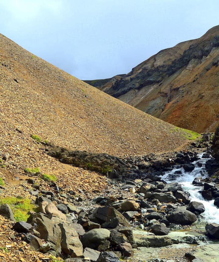 The Njarðvík Haunting - Innra-Hvannagil Gorge - a Ghost-Story from East-Iceland