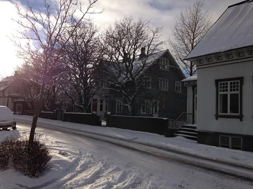 Fresh snow on Laufásvegur in Reykjavík