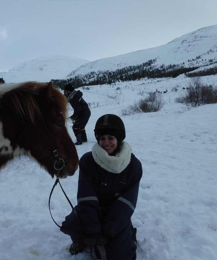 Montar a caballo y Círculo Dorado en un día