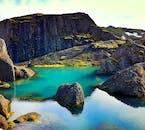 Stórurð jest popularnym celem wycieczek pieszych.