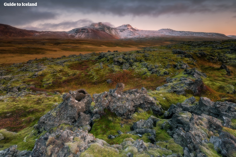冰岛内陆高地兰德曼纳劳卡的独特风光