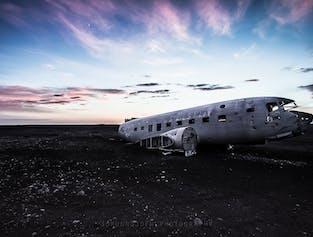 Côte Sud   Rando sur glacier, Grotte de lave, avion échoué et source chaude