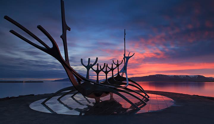 The Sun Voyager represents the spirit of Iceland: one of adventure and exploration into the unknown.