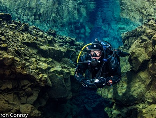 Day Tour with Diving in Silfra and the Golden Circle