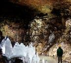 Lofthellir beim See Mývatn gehört zu den schönsten Höhlen Islands.