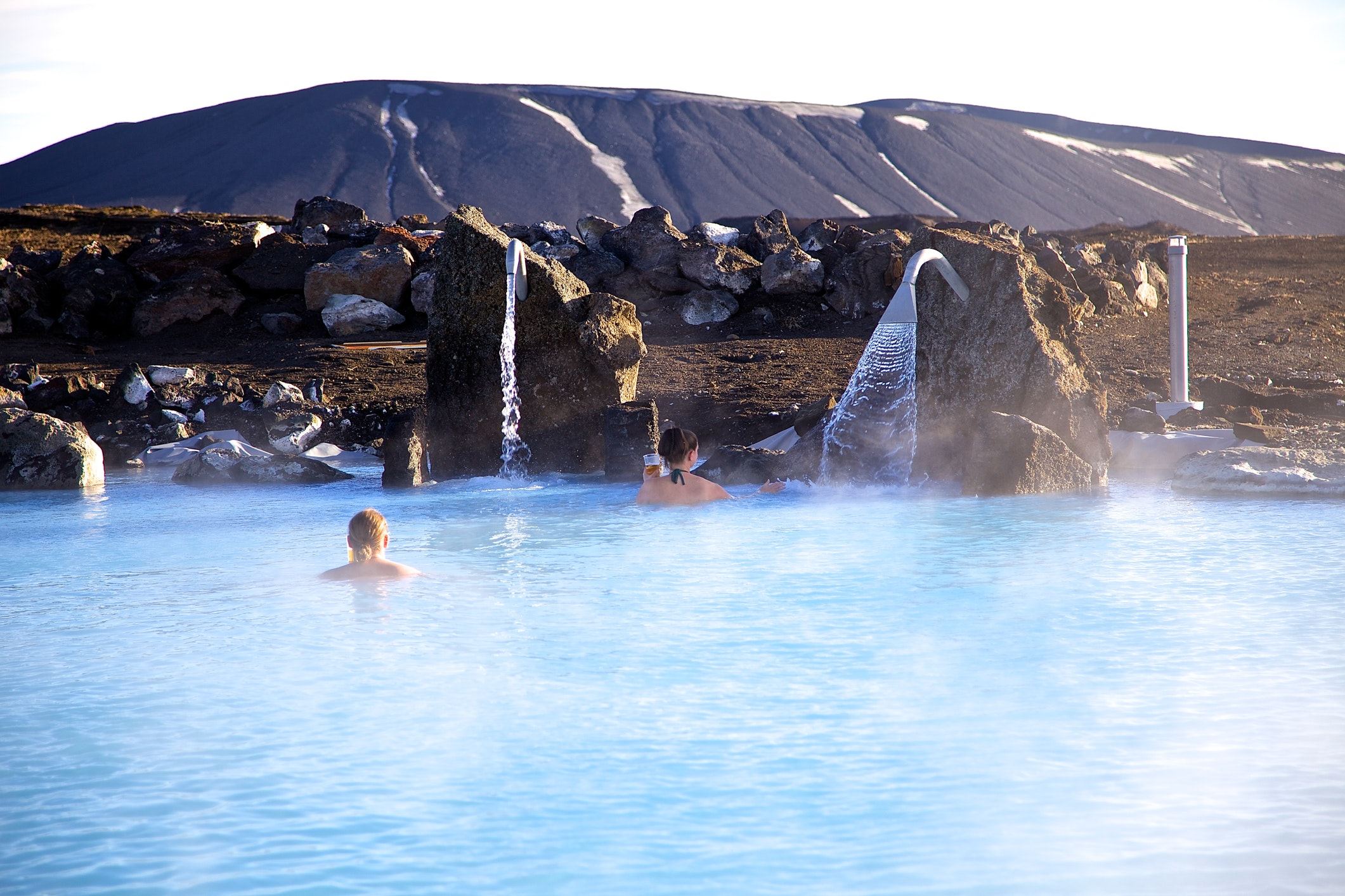 冰岛北部米湖天然温泉
