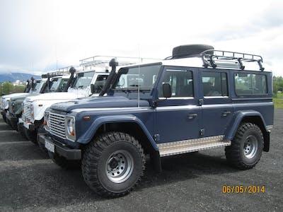Land Rover Defender 4x4 2014