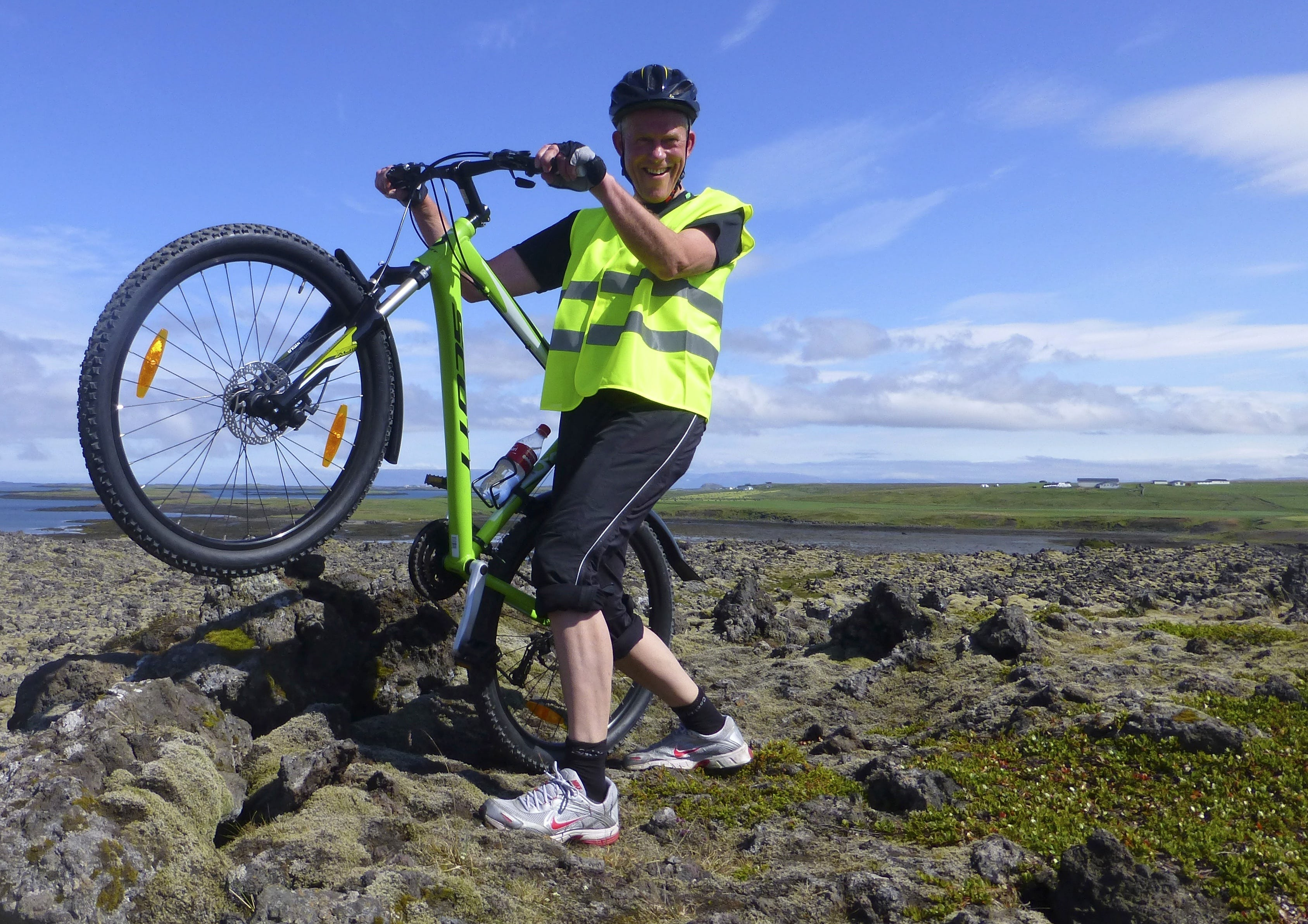 The marvellous coastal scenery of the Snæfellsnes Peninsula is particularly spectacular when combined with the thrill of a rural bike ride.