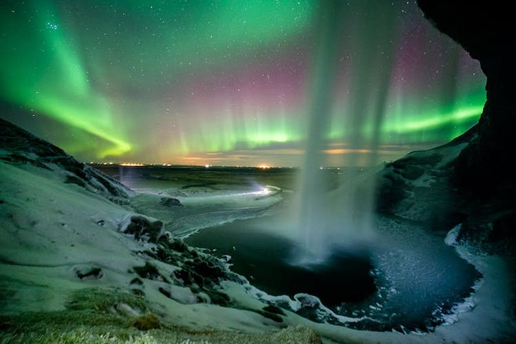 Such an unbelievable picture is only possible on the South Coast in winter, taken at the waterfall Seljalandsfoss.