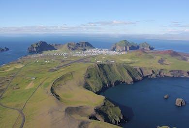 現地発|ウェストマン諸島とスルツェイ島の遊覧飛行