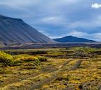 Der Berg Hverfjall ist einer der vielen atemberaubenden Berge, die den See Mývatn umgeben.