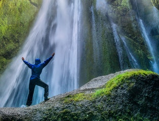 8 day Escorted Iceland Hiking Tour - in German