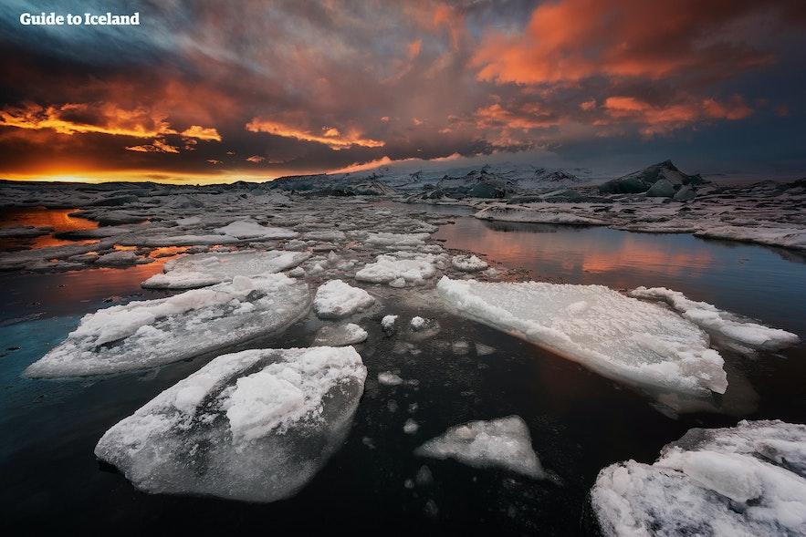 Jökulsárlón glacier lagoon in Iceland