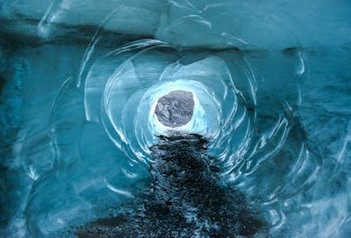 南海岸3日間│ゴールデンサークルと氷の洞窟探検付き