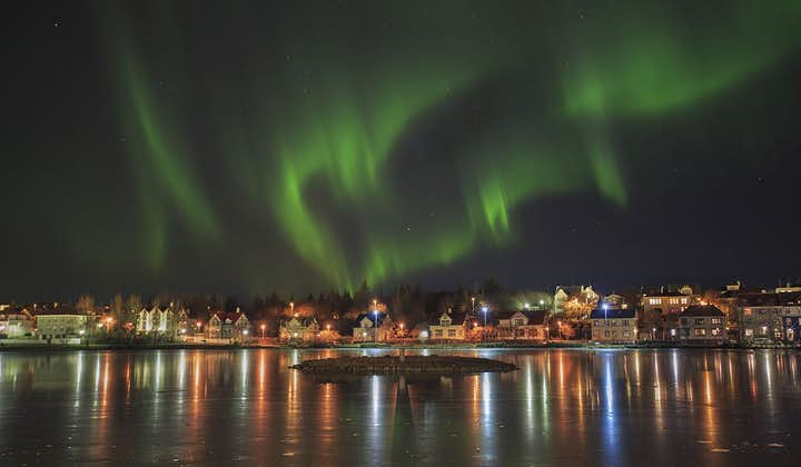 Tania 3-godzinna wycieczka autobusowa na podziwianie zorzy polarnej i z transferem z Reykjavíku