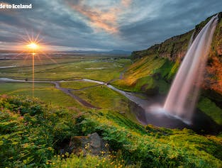 Full Day South Coast Tour | Seljalandsfoss, Skógafoss and Reynisfjara Beach