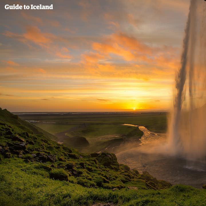 Visite du Sud de l'Islande | Seljalandsfoss, Skogafoss & Reynisfjara | En français le mercredi