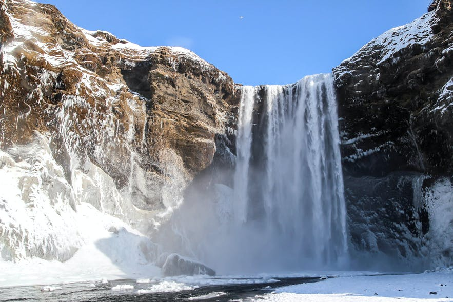 Why You Should Visit Iceland During The Winter