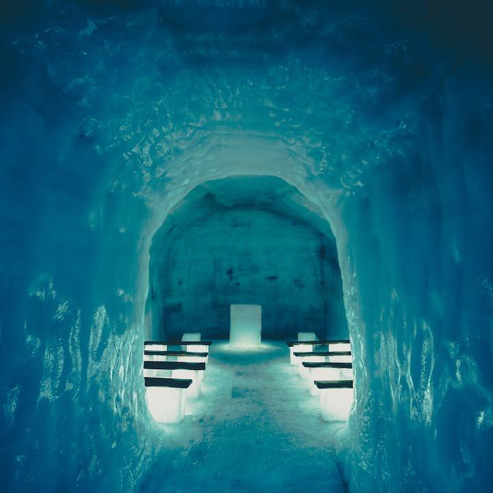 朗格冰川雪地摩托+冰川隧道 中文语音讲解器