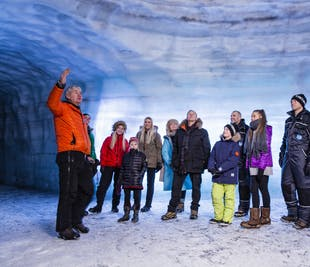 Tunnel di ghiaccio e cascata di Hraunfossar | Tour con audioguida in italiano