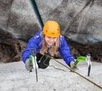 Ice climbing is possible for beginners.
