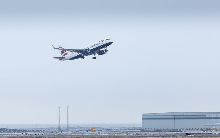 来冰岛的机票建议提前预订