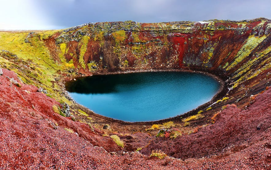 Kerið crater lake can be found a short drive from the Golden Circle sightseeing route.