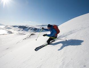 Six-Day Skiing Tour in the Westfjords | Kviar Ski Lodge