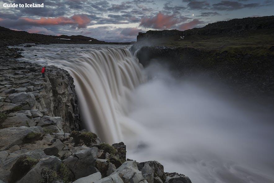 冰岛北部黛提瀑布Dettifoss