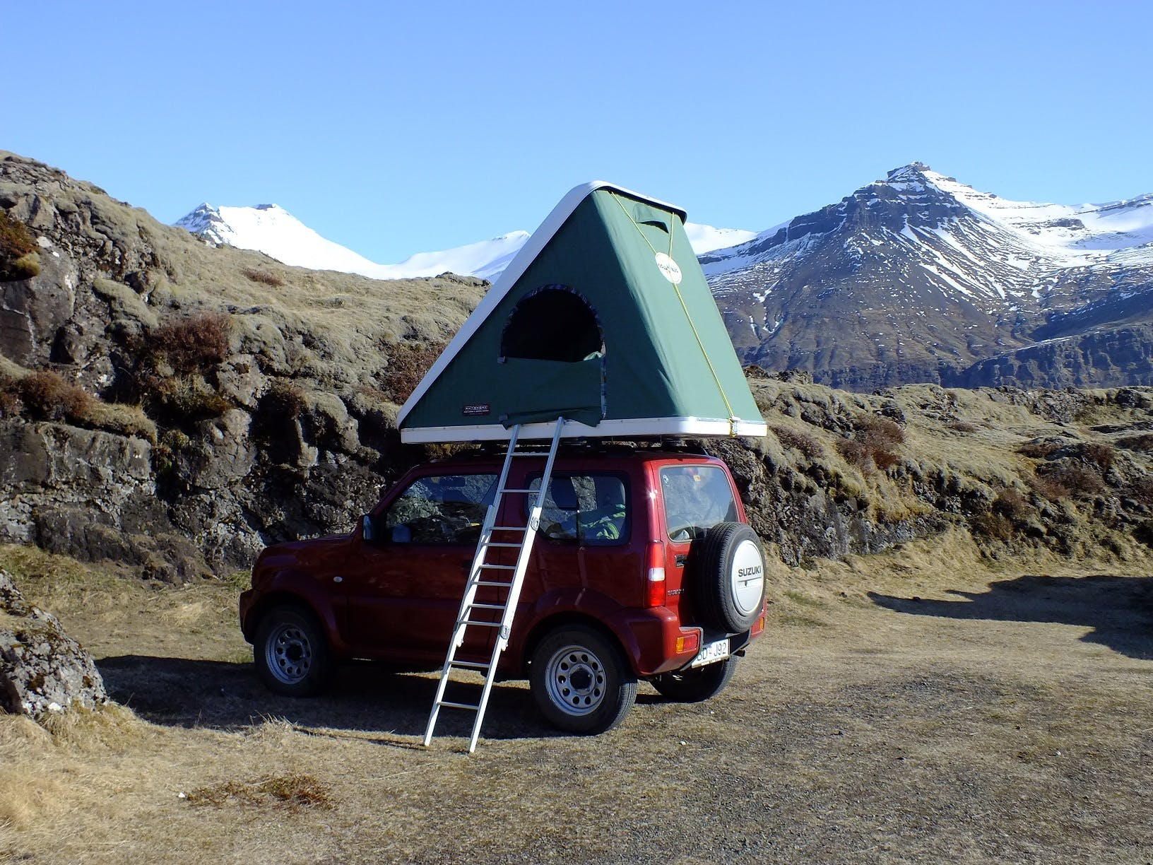 Suzuki Jimny with a rooftent 2014
