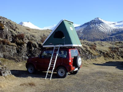 Suzuki Jimny with a rooftent 2015