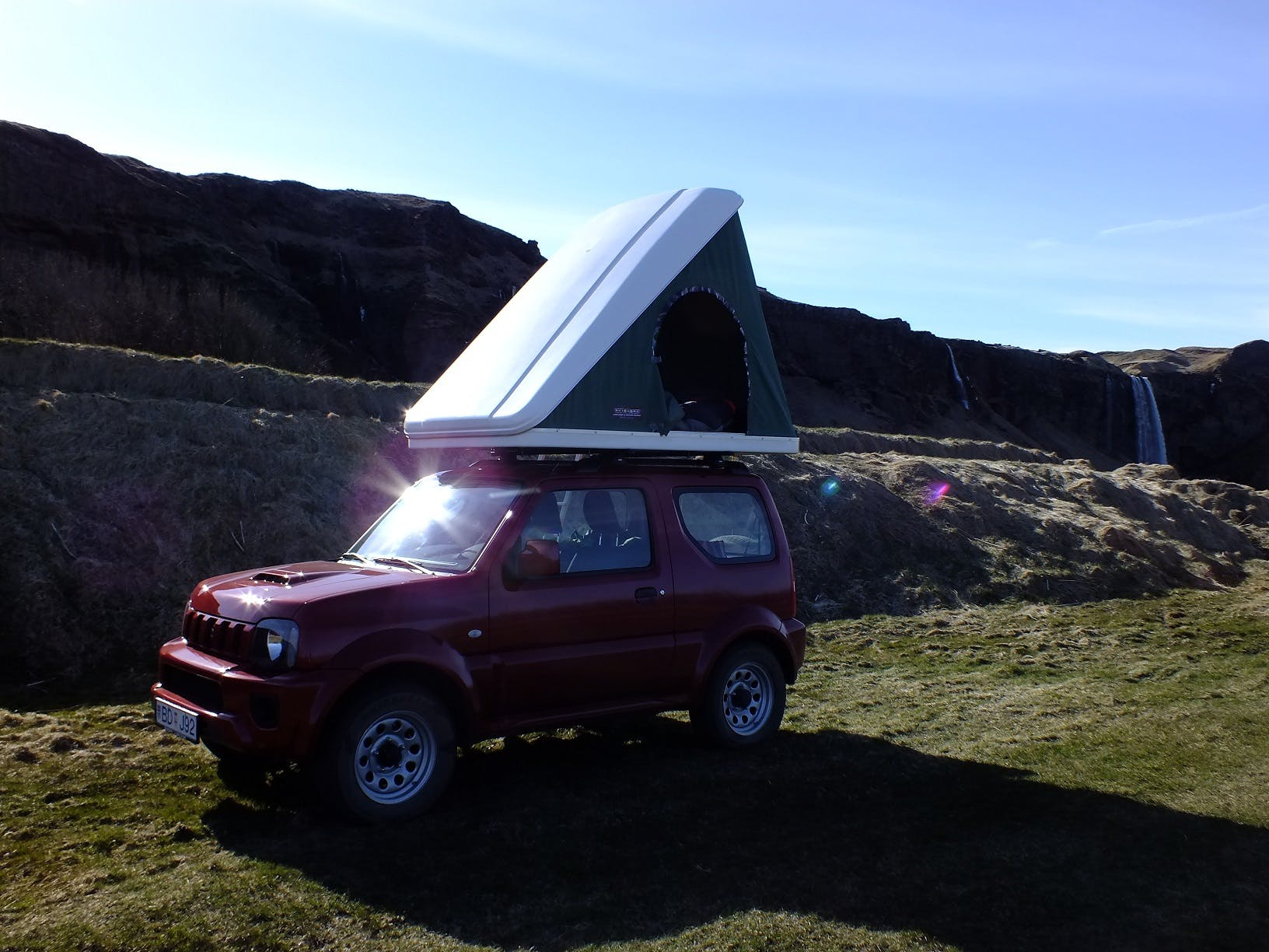 Suzuki Jimny Automatic with a rooftent 2014